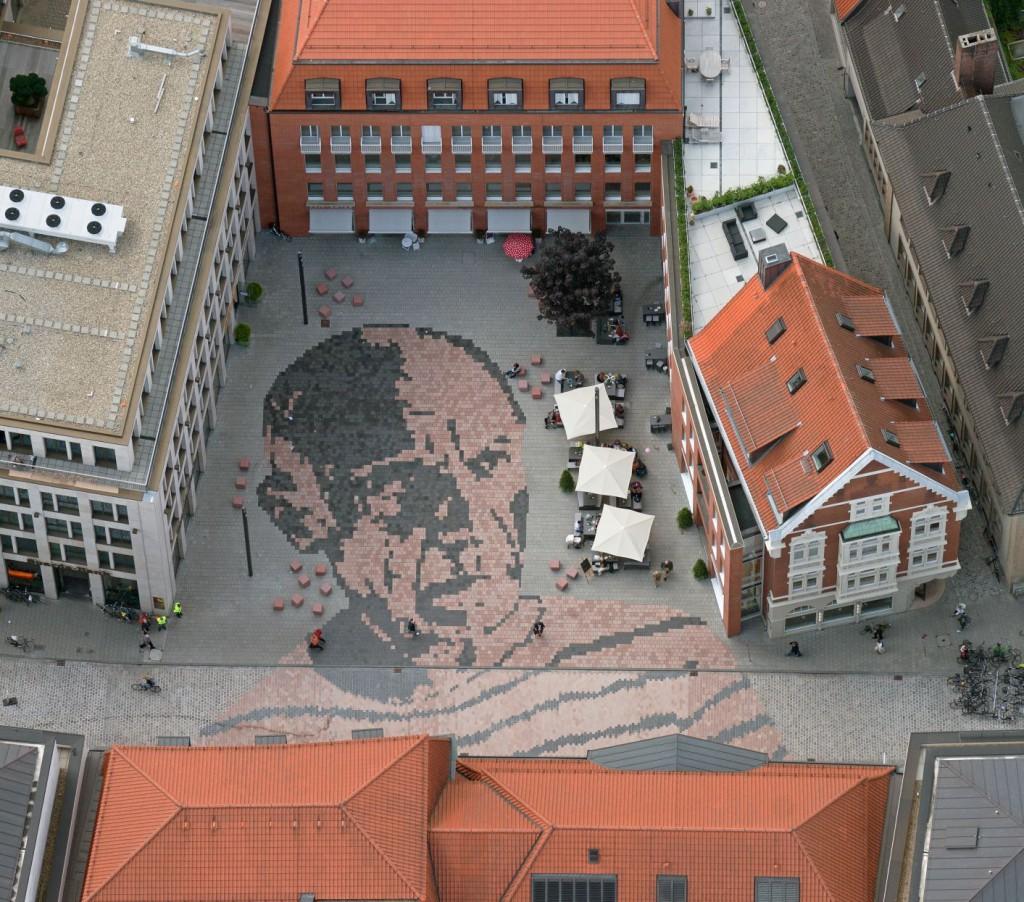 picassoplatz1_50